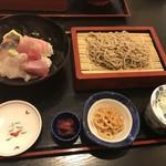 78041451 - 海鮮丼とお蕎麦のセット 1500円