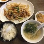 中国料理天座 - 料理写真:日替わり定食   豚肉と細切りじゃがいもの黒こしょう炒め