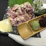 薩摩地鶏で もも肉たたきのお造里
