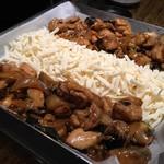 土間土間 - 料理写真:チーズダッカルビ