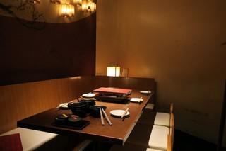 博多もつ鍋専門店 山笠 池袋店 - 店内の様子。