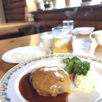 チーズ・シェッド - チーズハンバーグ【1,010円】