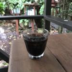 ジャングルブックカフェ - ドリンク写真:アイスコーヒー‥‥宿泊者無料サービス