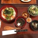 ゲンペイ - 料理写真:いくら丼定食 1380円