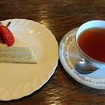 カフェ&レスト プライム - ケーキセット