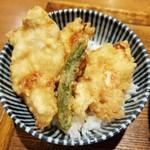 増田うどん - とり天飯 380円