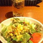 7806130 - サラダとドリンク