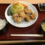 そば処 ふくふく亭 - 料理写真:特製鶏からあげ定食700円