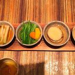 高瀬川 くりお - 京都で採れた野菜の煮浸し五種盛り