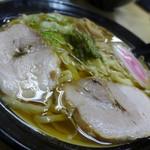 共栄ラーメン - 料理写真:ラーメン(648円)