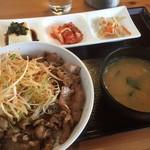 78069266 - ♪牛カルビ丼(ご飯大盛り)¥790