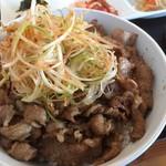 78069269 - ♪牛カルビ丼(ご飯大盛り)¥790