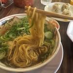 中華そばいせや - 麺上げ