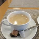 WAGYU AND RACLETTE NIGIRO - 食事の最後はセットのコーヒーをいただいて余韻を楽しませていただきました。