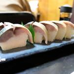 Suehiro - 鯖寿司6切れ2,000円