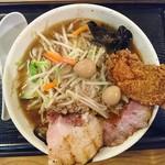 丹行味素 - 2017年12月 肉だくサンマー麺(がっつり) 990円