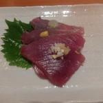 名登利鮨 - カツオ漬け