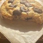 ストリーマー コーヒー カンパニー - チョコチップクッキーの断面