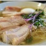 塩生姜らー麺専門店 マニッシュ -