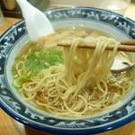 ほっぺ家はなれ 斗香庵 - 加水高め 小林製麺