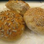 ベッカライ・ブロートツァイト - 種子のパン三種