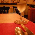 IL CAVALLO - まずは白ワインで