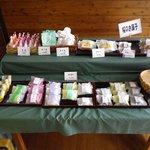 三恵堂 - 焼き菓子もあります