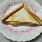 ポンパドウル - ホットサンドチキンチーズ