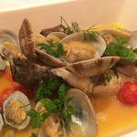 伊東の魚とワインの店 イトウバル - かさごのアクアパッツァ