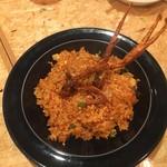 伊東の魚とワインの店 イトウバル - 海老の辛みそガーリックライス