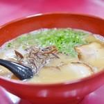 白龍 - 料理写真:ラーメン550円