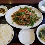 78107567 - 青椒肉絲定食(800円)