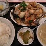 鴻運 - 八宝菜ランチ780円税込