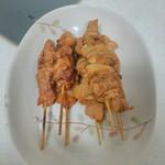とり義 - 料理写真:やきとりとねぎ串