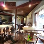 杜のカフェ ヴィエント - 店内 入口方向を