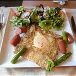 杜のカフェ ヴィエント - ソーセージ野菜ガレット