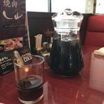 78115401 - 烏龍茶は山盛りで提供されます。