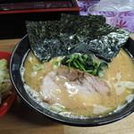 78119953 - 醤油ラーメン(並)(700円)