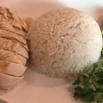 海南鶏飯食堂 - チキンライス 大盛り