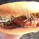 ベーカリー&カフェ 赤毛のアン - 料理写真:大きなメンチのコッペパン始まりました!