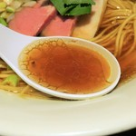 麺や まつ本 - スープ