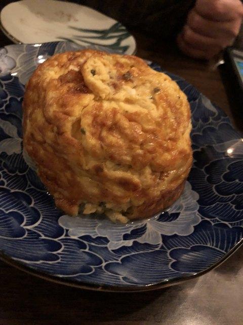 ミニヨン 坂ノ上 - 地黄卵のダッチオーブン玉子焼