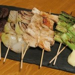 やきとん ひなた - 野菜串(エリンギやアスパラ、玉ねぎにしいたけ)