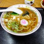 三好食堂 - 料理写真:みよしラーメン 290円!