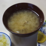 磯野家 - 定食の味噌汁の中身は?