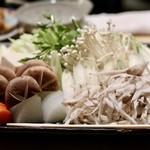 味彩山久 - 鍋の野菜