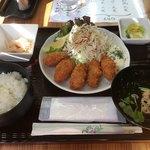 ちょんたま食堂 - 新メヌー牡蠣フライ定食680円