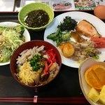 郷土料理 あさばな - 料理写真:朝食バイキング