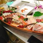 石垣島酒場琉球ドラゴン - 団体予約用サバに盛り