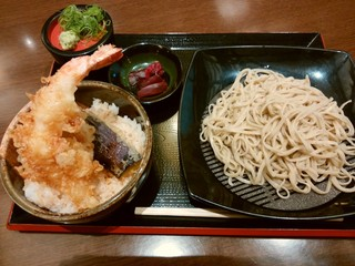 天然温泉 極楽湯 福井店 - 「十割ざるそば(うどん)&天丼(小)」